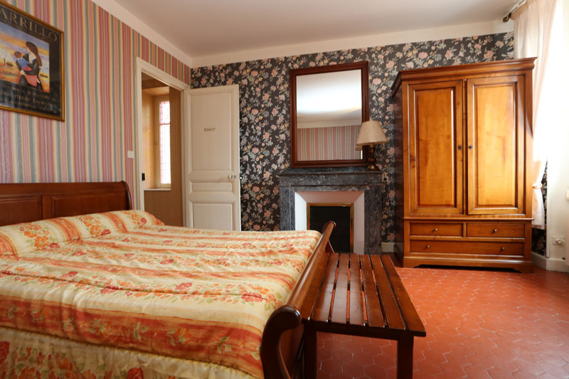 high capacity holiday cottage rooms aude